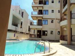 3 Bedroom Apartment All Ensuite with Jacuzzi, Parking + Swimming Pool