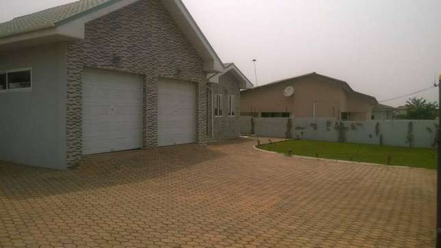 Furnished 5bedrooms house for sale at Tema community22 Tema Metropolitan - image 2