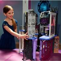 Monster High Dead-Luxe High School Play Set imported from USA