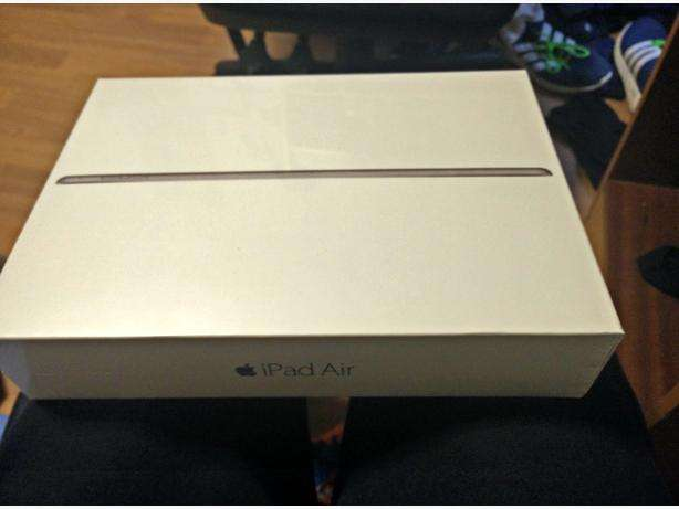 "iPad Air 2, Apple iOS, 9.7"", Wi-Fi & Cellular 128GB Space (Brand New) Karen - image 1"