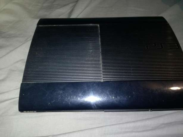 Ps3 slim 500gig +9 games and controller Uitenhage - image 2