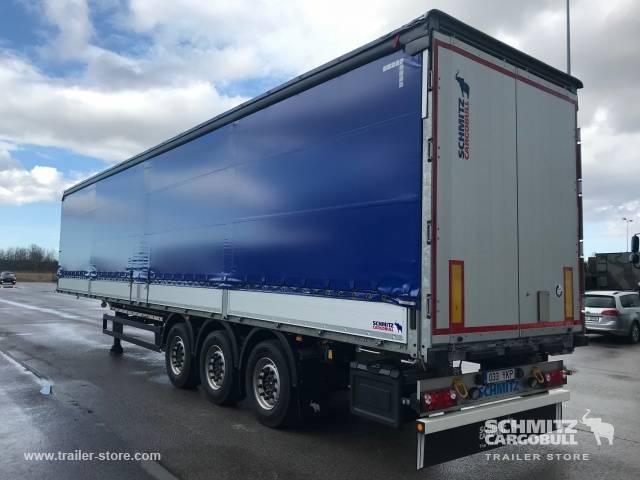 Schmitz Cargobull Curtainsider Standard - 2017