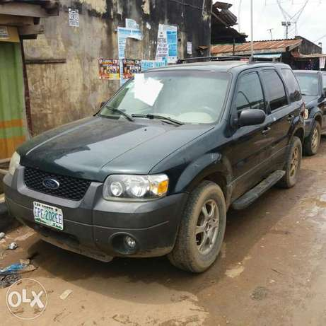 Registered Ford Escape XLT (First Body)- 2004 Oshodi/Isolo - image 1