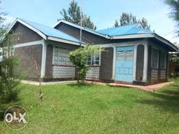 Land - 1 acre- with a three(3) bedroom house in Kakamega county