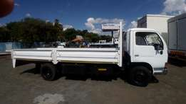 2006 Nissan UD40L 4 Ton drop side truck for sale