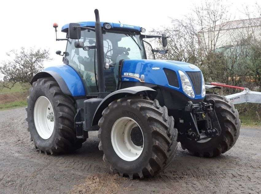 New Holland T7220 - 2014