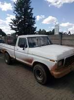 Ford F100 for sale or to swop R50 000