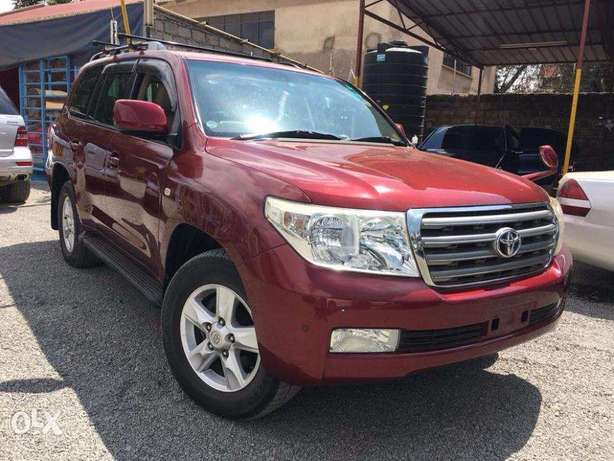 Toyota Land Cruiser V8 For Quick Sale Not Locally Used Price 5,900,000 Lavington - image 1