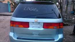 Toks 2002 Honda Odyssey over clean with leather seats.1.2milion