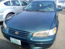 1999 Toyota Camry, very clean