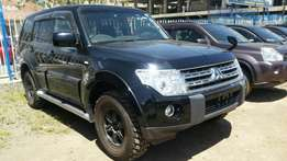 Super clean Black Mistubishi Pajero (SUV),2009 Buy on hire-purchase!