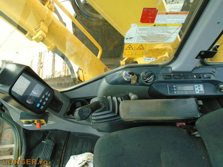 New Holland E 70 B Sr - 2008 - image 8