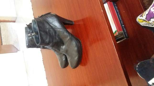 Black Leather boots South B - image 3