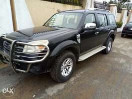 Clean Ford Everest
