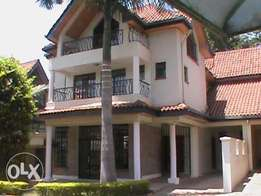 Modern 4-Bedroom All En Suite Town House To Let in Lavington