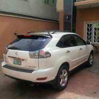 Neatly used 2005 Lexus Rx330 wth keyless ignition for urgent sale