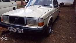 Volvo 240 very clean