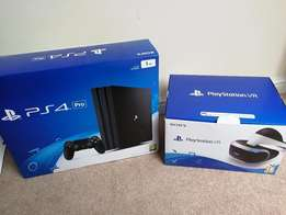 PlayStation 4 Pro 1TB with PlayStation VR Full brand new plus 5 games