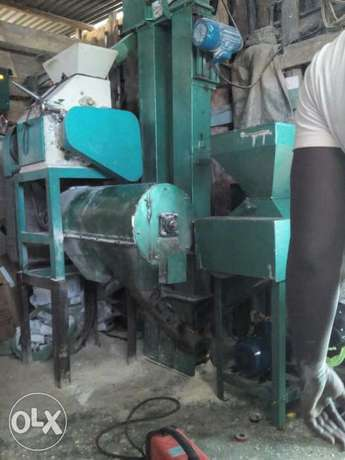 Small in size to fit in any location pure grade one shifted maize mill Kariobangi South - image 1