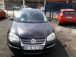 VW JETTA 2.0 2009 Model,5 Doors factory A/C And C/D Player
