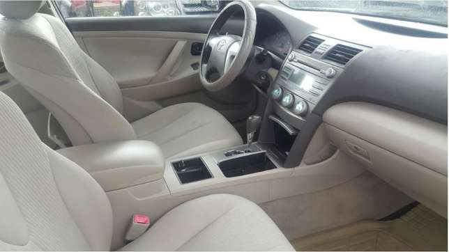 Direct 2011 Toyota Camry Fabric Super Clean Buy and Drive First Body Ikeja - image 5