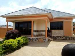 3 bedrooms house for sale in gayaza kanana estate plot 12dec at 285 m