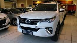 Toyota Fortuner 2.4GD6 AT For Sale