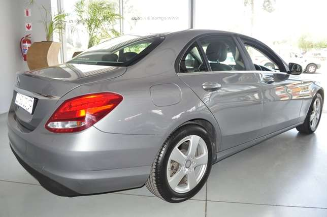 2014 Mercedes-Benz C-Class C180 Auto in Mint condition Bloemfontein - image 4