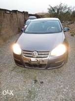 Super clean Volkswagen jetta FSI 2006 model up for grab