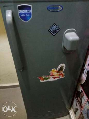 clean thermofrost fridge with water dispenser and big frizzer Enugu South - image 4