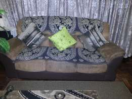 3 piece, 6 seater couch for sale!!!