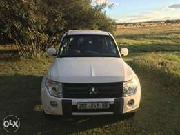 Mitsubishi Pajero 3.2 DiD GLX AT