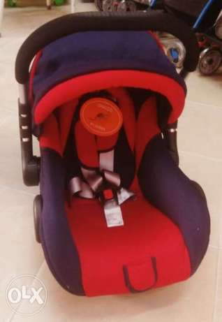 Car seat graco - red color