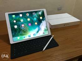 Ipad Pro 12.9 Wifi Gold Keyboard Pencil and Back Case