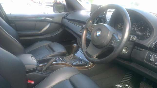 BMW X5 on sale Kampala - image 2