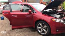 Fresh off the boat TOYOTA VENZA FOR SALE (full option)