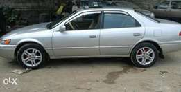 Neatly Used Toyota Camry 2000