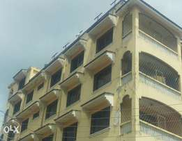 Very nice spacious 2br apartment to let at Stadium area with master