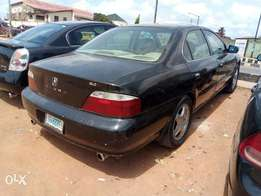 A clean and neatly used 2000 Acura legend, leather, ac, cd, alloy,.