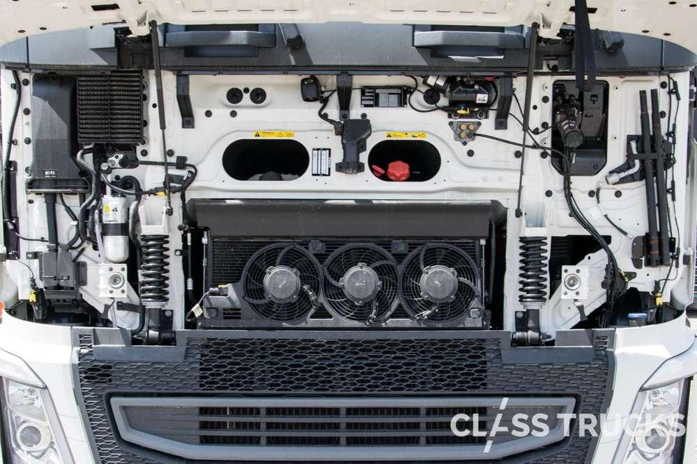 Volvo FH13 540 4x2 XL Euro 6 RETARDER, I-Park-cool, Si - 2017 - image 17