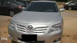 2011 Toyota Camry XLE in a very good condition