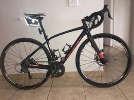 Specialized Diverge Elite DW & Ladies Silverback Slade 3 MTB