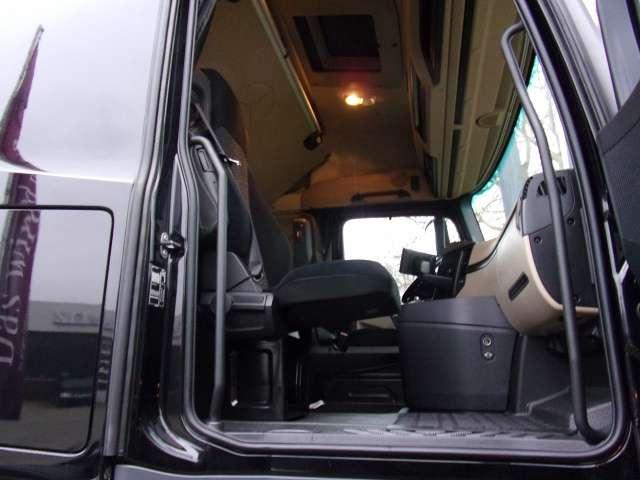 Mercedes-Benz Actros 1845LS SZM, Retarder, Assitent, Stream Line Euro6 Klima Luftfeder - 2015 - image 6