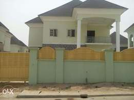 A tastefully finished & new 4bedroom detached duplex with 2rooms BQ