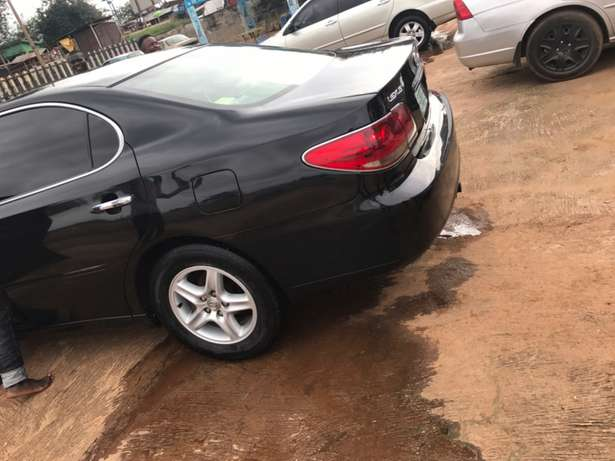 very clean car and in a good condition Ilesha West - image 3