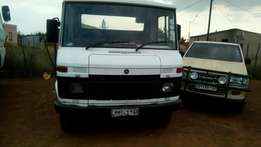 Selling my Mercedes Benz 508 tow truck