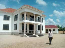 Spacious brand new apartments for sale in Gayaza at 800m