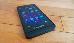 Blackberry z10 for sale R700