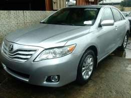 Non accidented clean tokunbo 2011 toyota camry