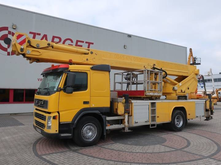 Volvo FM9 Bronto S46XDT Truck Mounted Boom Lift 4550cm - 2005
